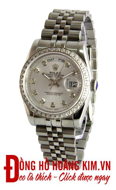 Đồng hồ rolex chính hãng phù hợp trang phục