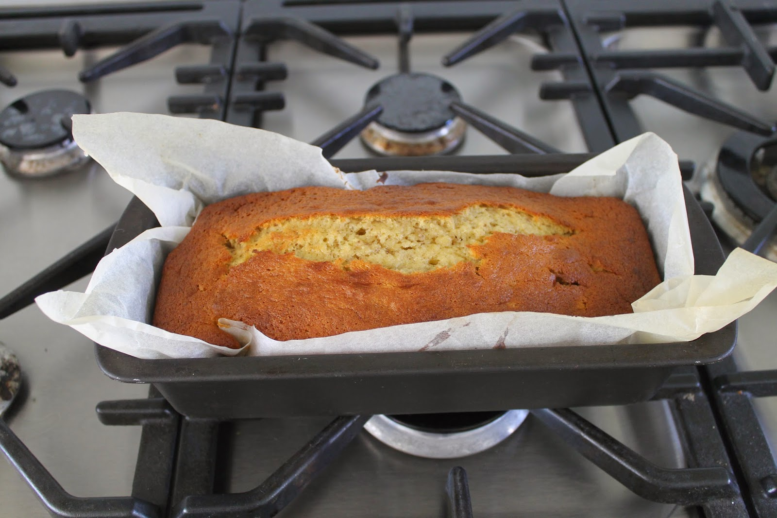 How To: Make A Banana Cake