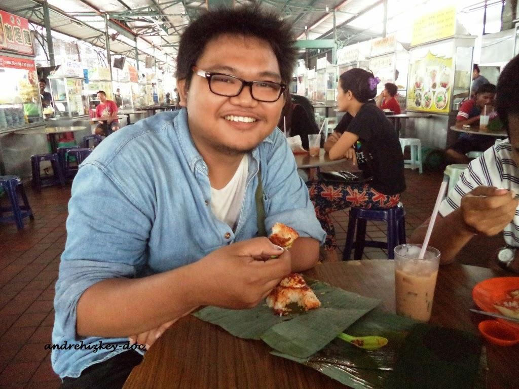 eating nasi lemak at sri weld foodcourt pulau pinang