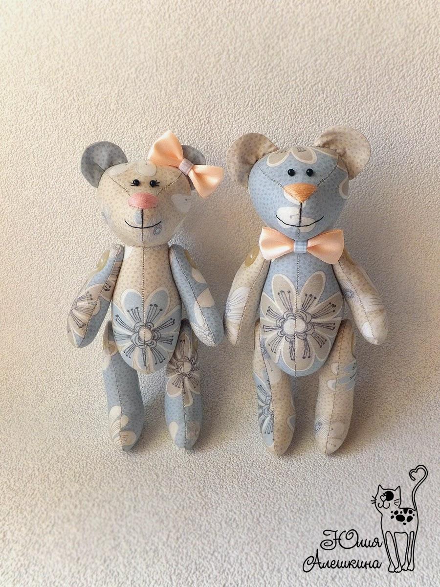Мишки игрушки