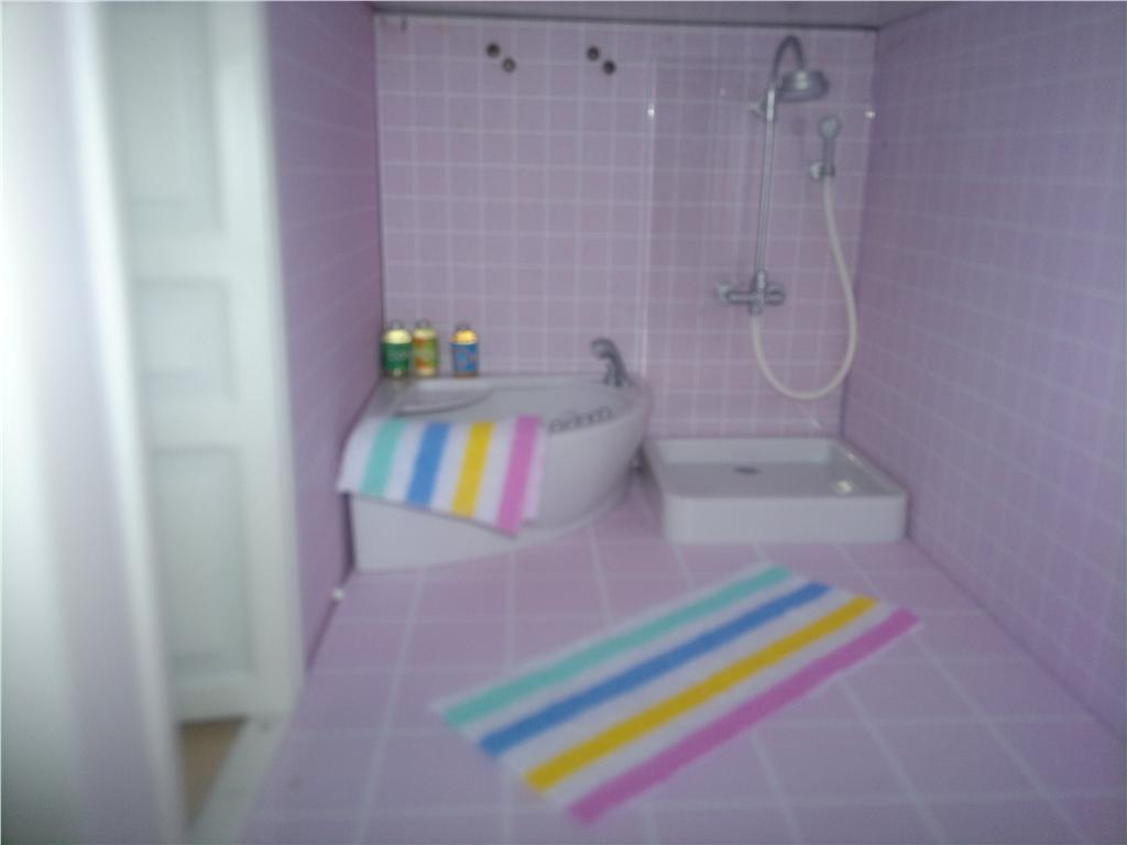 Miss cutiepie   inspiration: mitt dockhus   jag har köpt ett badrum!