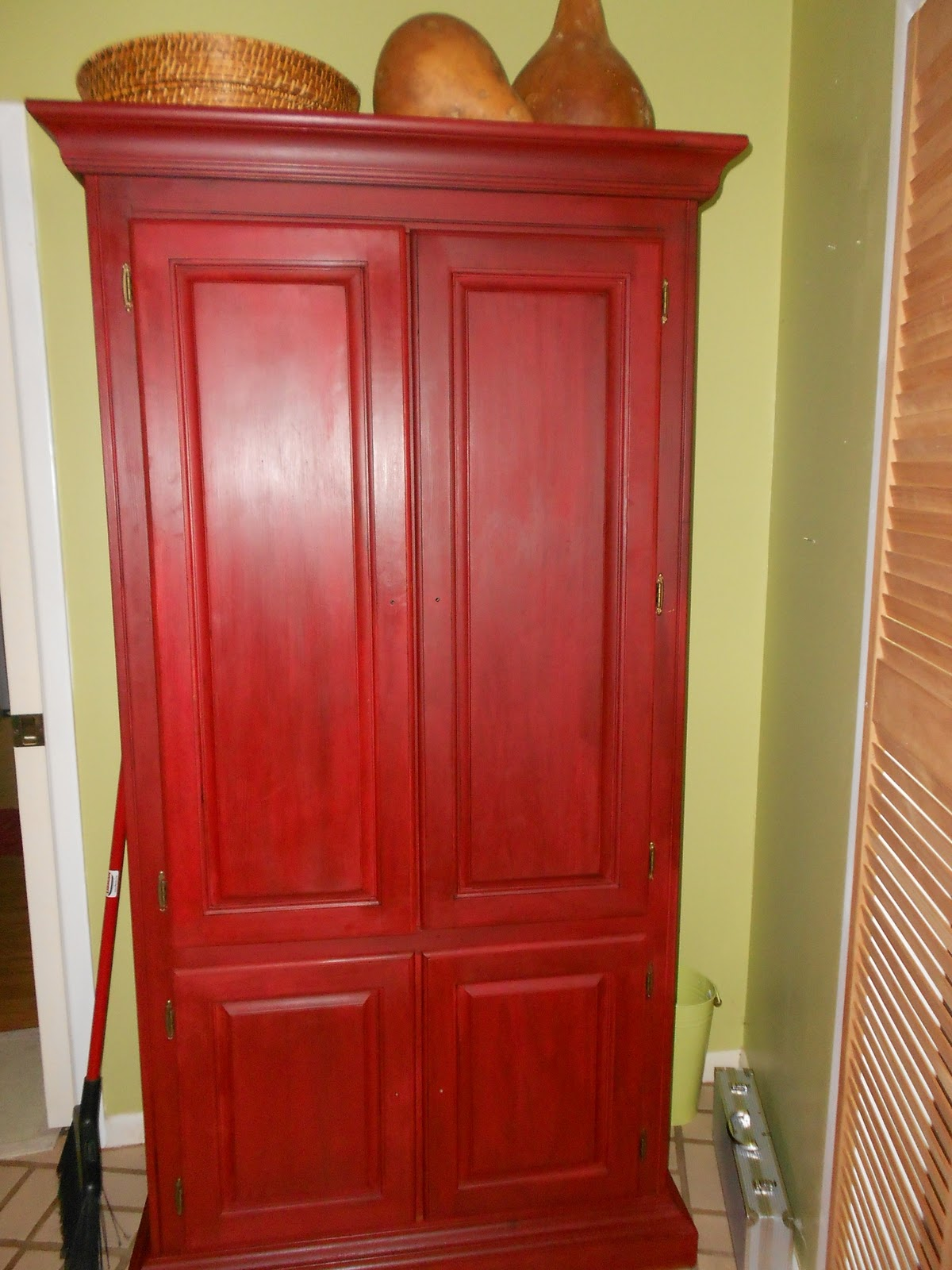 Old Pink Red Chalk Paint