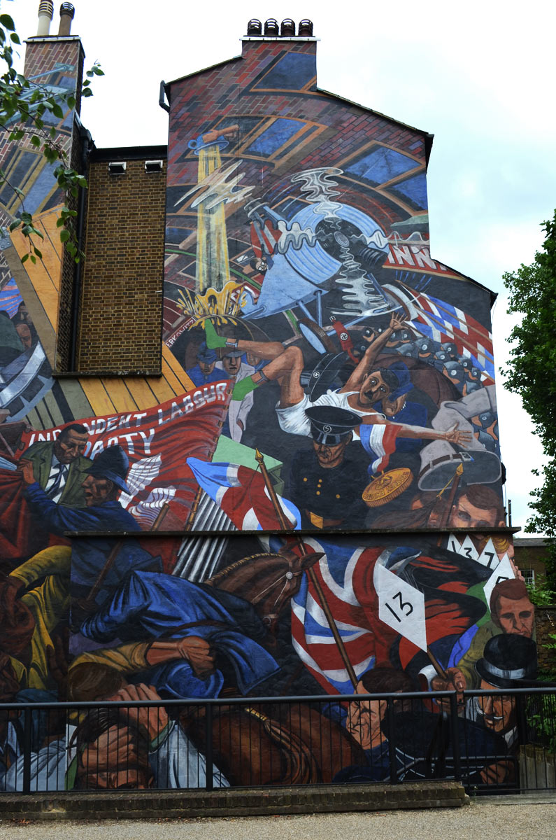 Lando breaks cable street mural for Battle of cable street mural