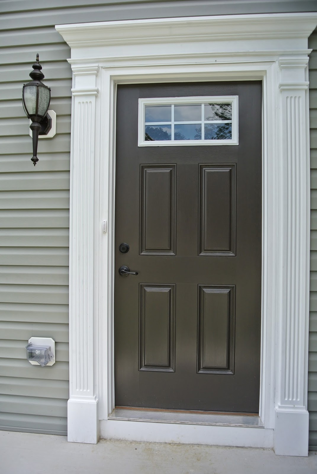 A picture of the painted front door.