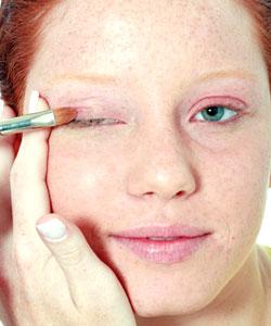 Enfrente pacotes contra a pigmentação