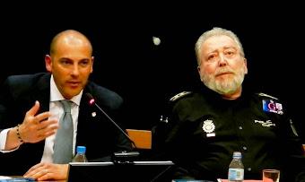 """Presentando """"EN LA LÍNEA DE FUEGO"""" en Ávila"""