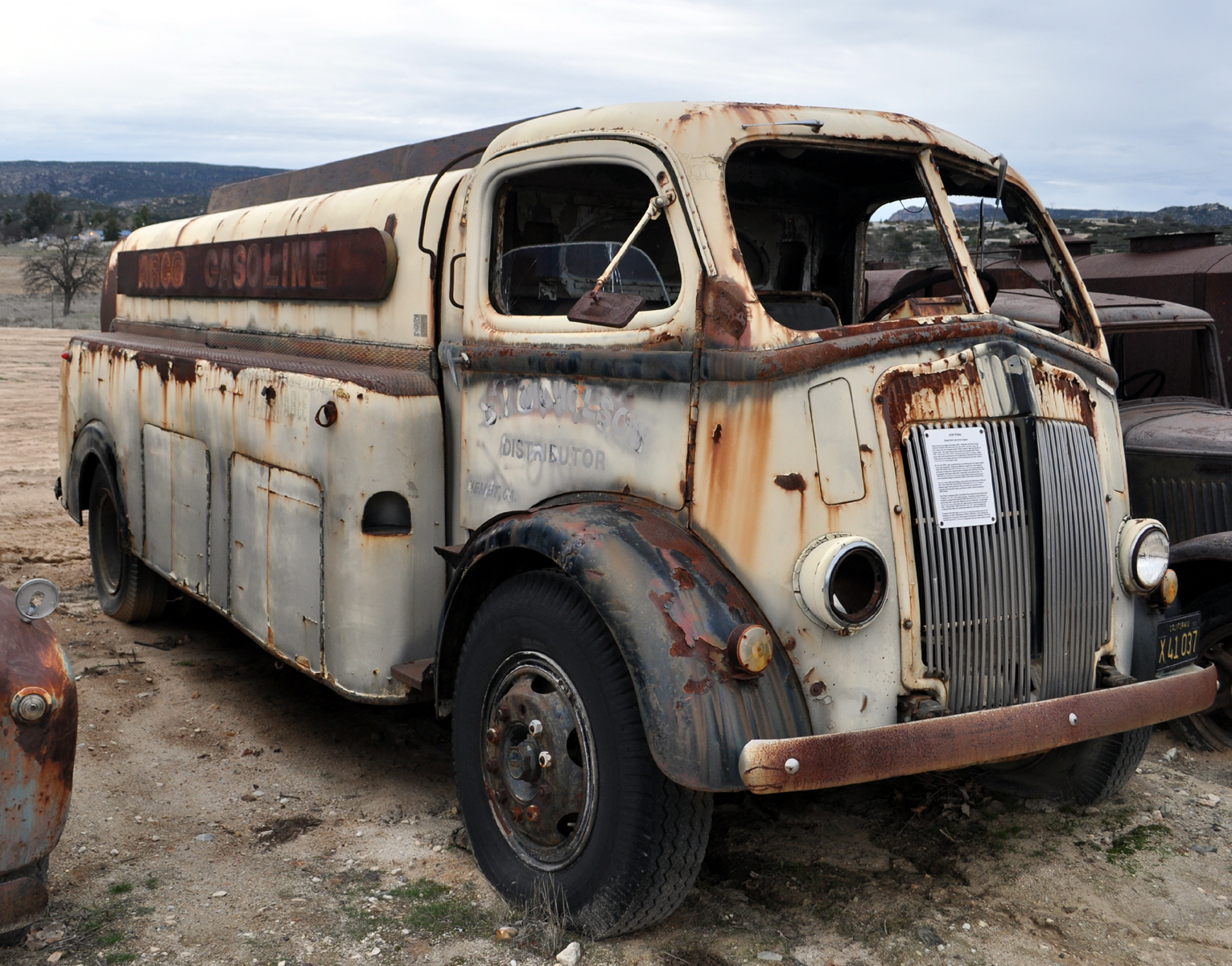 Just a car guy : 1939 White Cab Over Engine (COE) Richfield gas