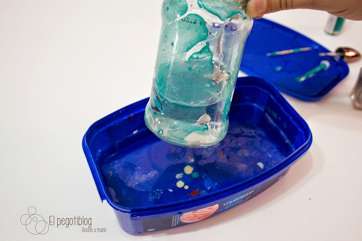 Bote de cristal efecto mármol de El Pegotiblog