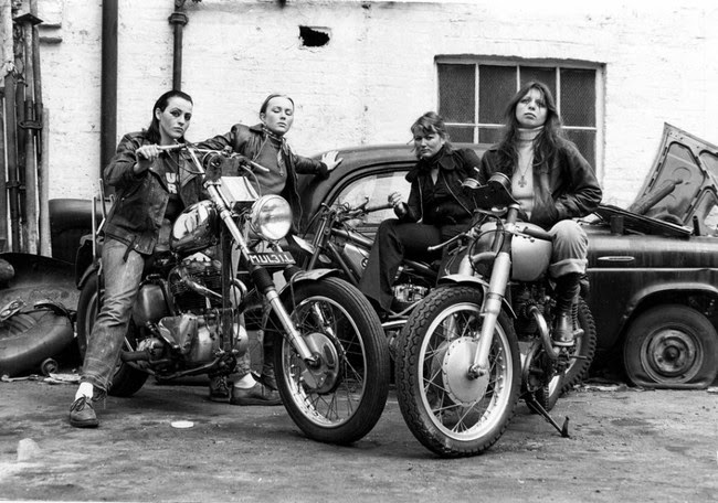 52 photos of women who changed history forever - Members of the Hell's Angels gang. [1973]