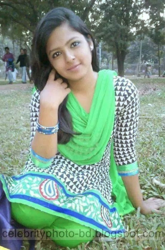 Bangladeshi%2BNormal%2BVillage%2BGirls%2BLatest%2BPhotos021