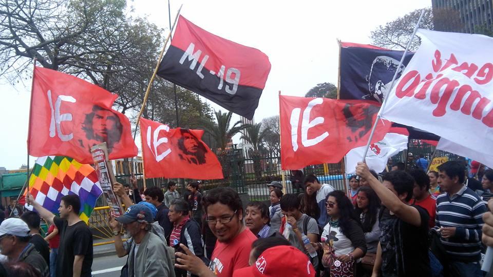 Integración Estudiantil PRESENTE CONTRA EL FMI Y BANCO MUNDIAL