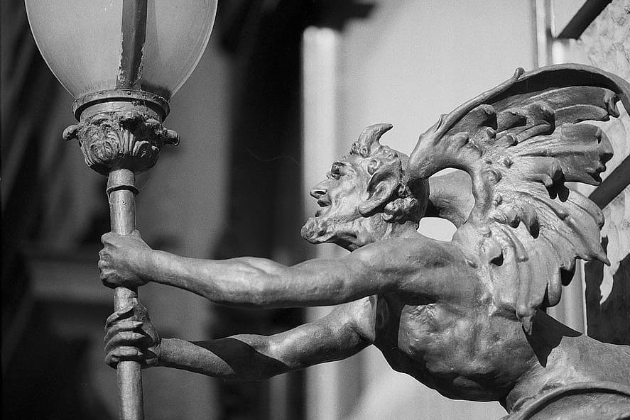 Czy Tarot pochodzi od diabła?