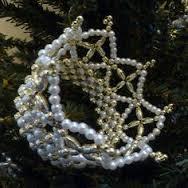 Chrismon, christian symbolism, Jesus, Christmas, Kingly Crown