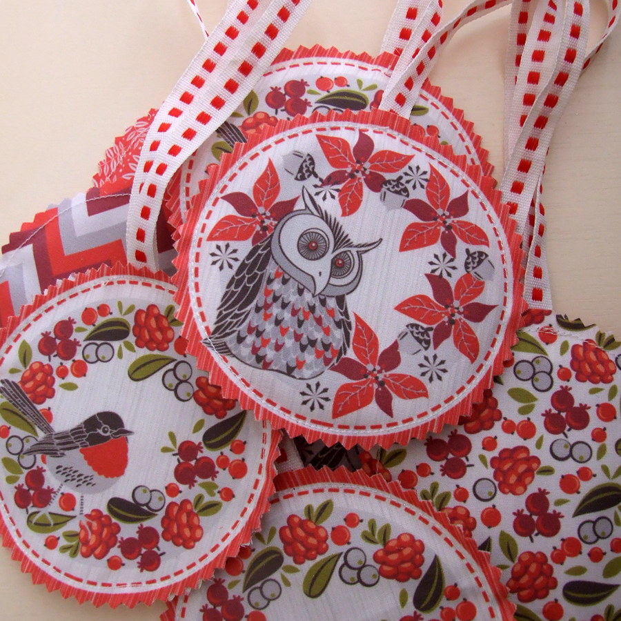the christmas wreath tags arrived on the 24th of december and i made a few up on christmas day