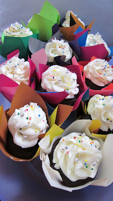 how to make chocolate cups using cupcake liners