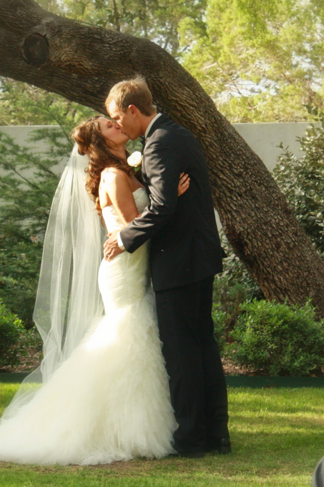 bride, groom, kiss, wedding, the gradens at west green, wedding dress,  mermaid gown, tuxedo