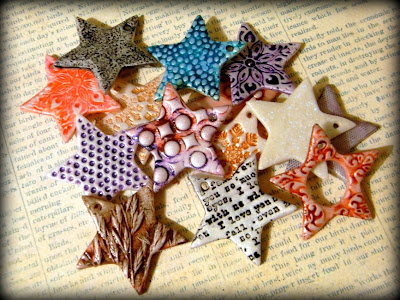 http://saraccino.blogspot.com/2013/11/catch-star-crafty-christmas-tutorial.html