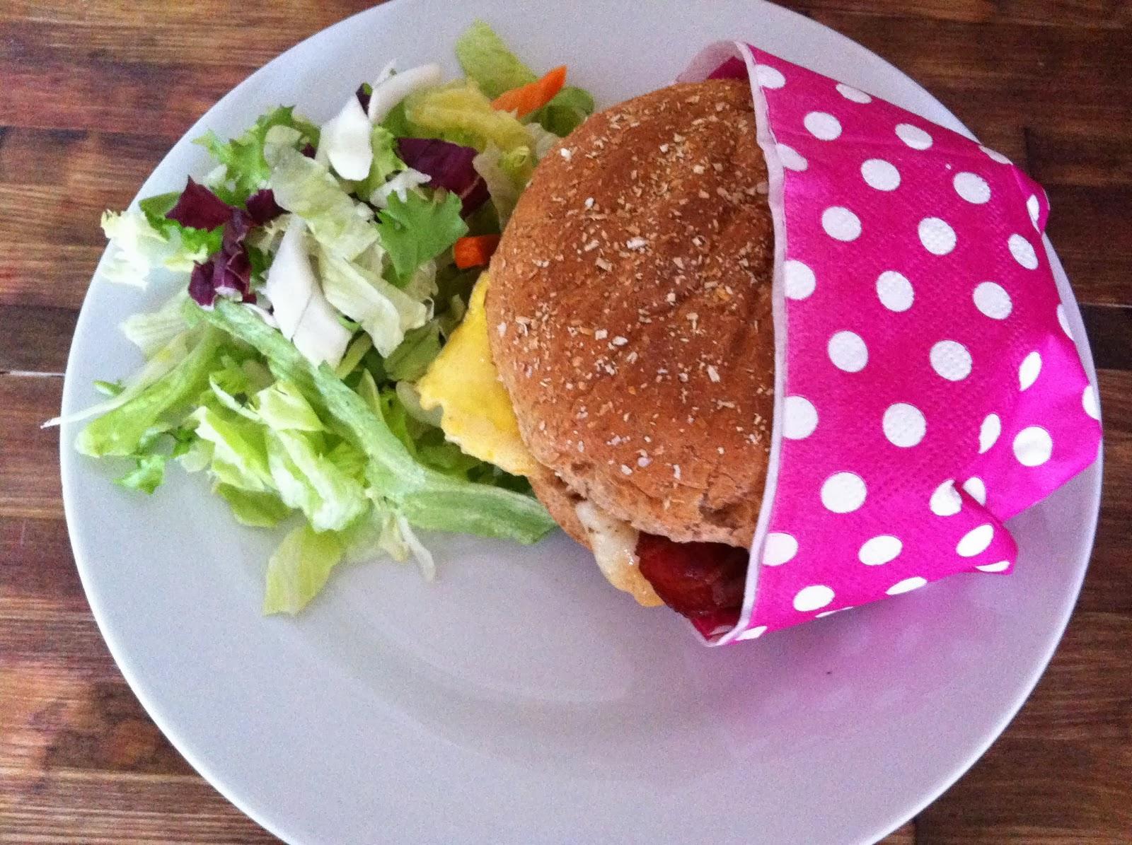 Bacon 'n' egg sandwich