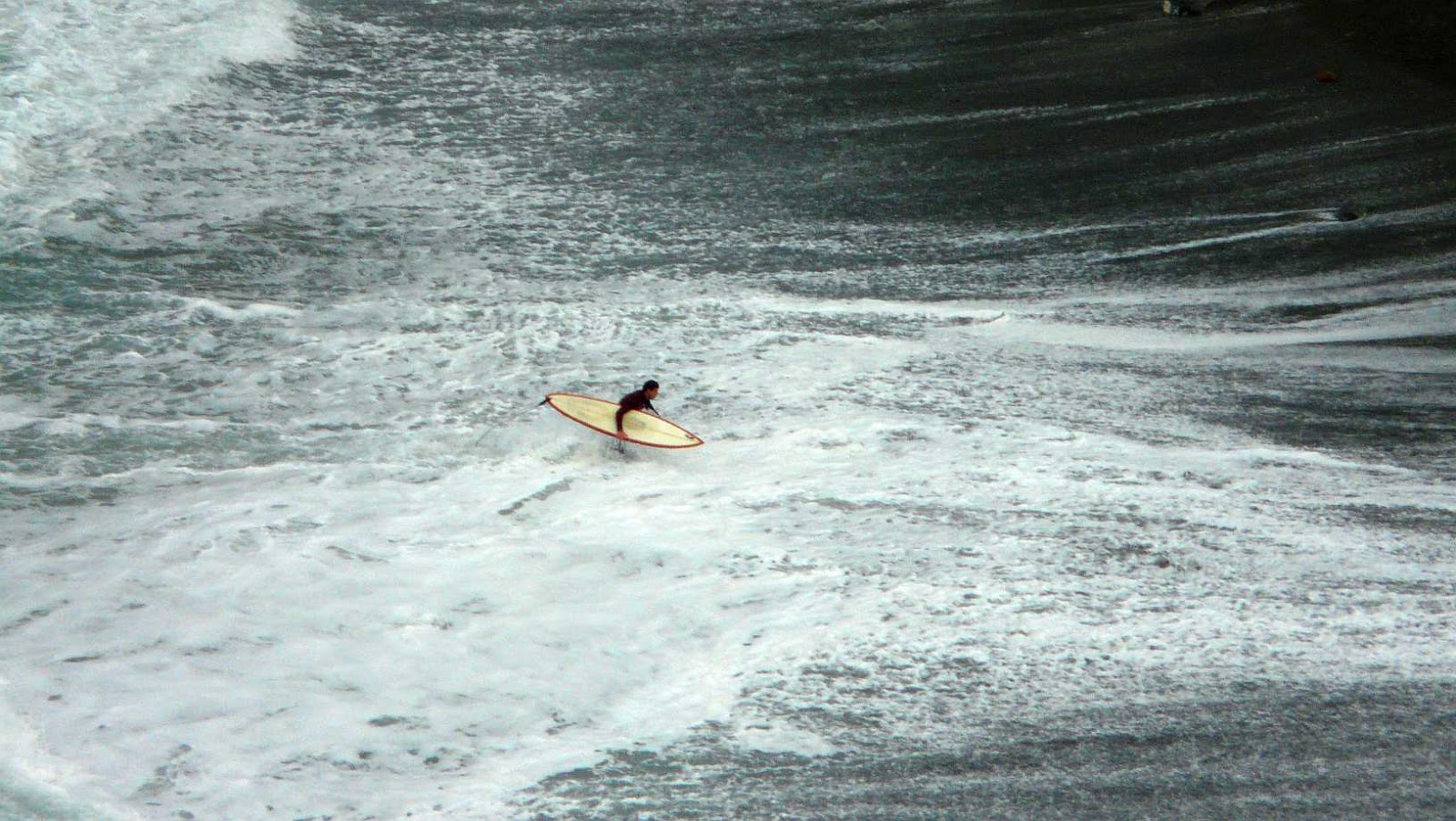 sesion otono menakoz septiembre 2015 surf olas grandes 23