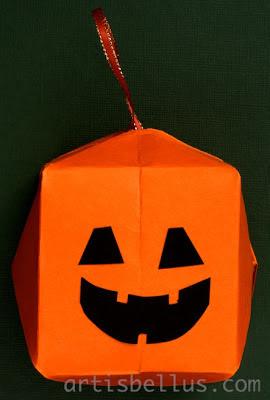 Halloween Decoration: Waterbomb Pumpkin