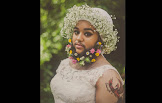 """""""Jovem barbada"""" que luta contra bullying faz ensaio fotográfico vestida de noiva"""