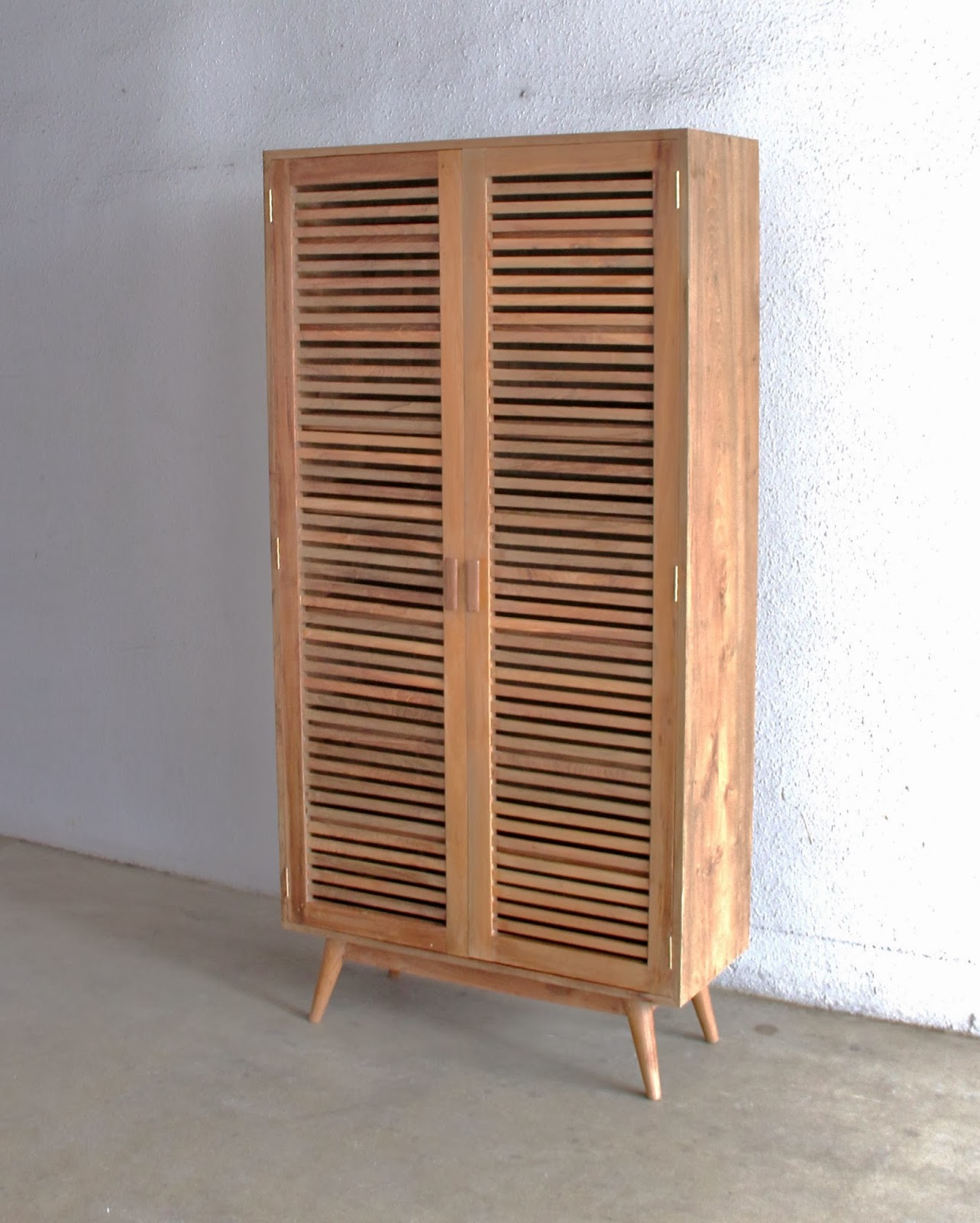 SECOND CHARM FURNITURE - MID CENTURY MODERN INFLUENCE | Second Charm