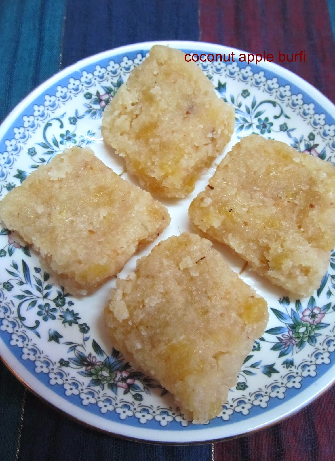coconut apple burfi