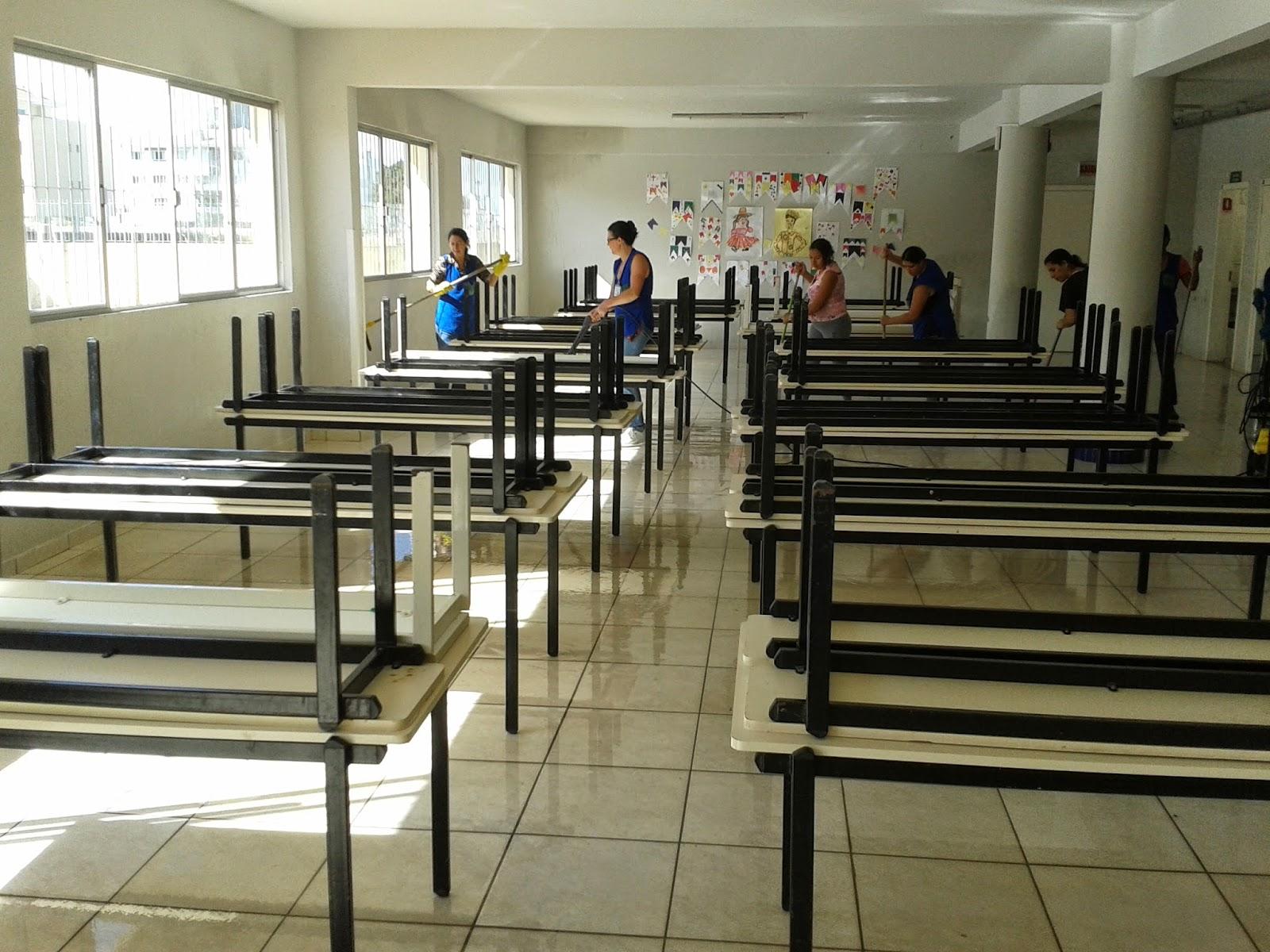 Escola Básica Prof.ª Herondina Medeiros Zeferino: Retorno das  #283D68 1600x1200 Armario Banheiro Rodizio