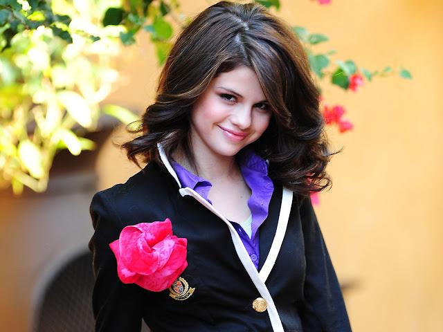Selena gomez stylish