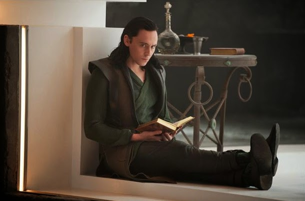 Tom Hiddleston es Loki en Thor: El Mundo Oscuro