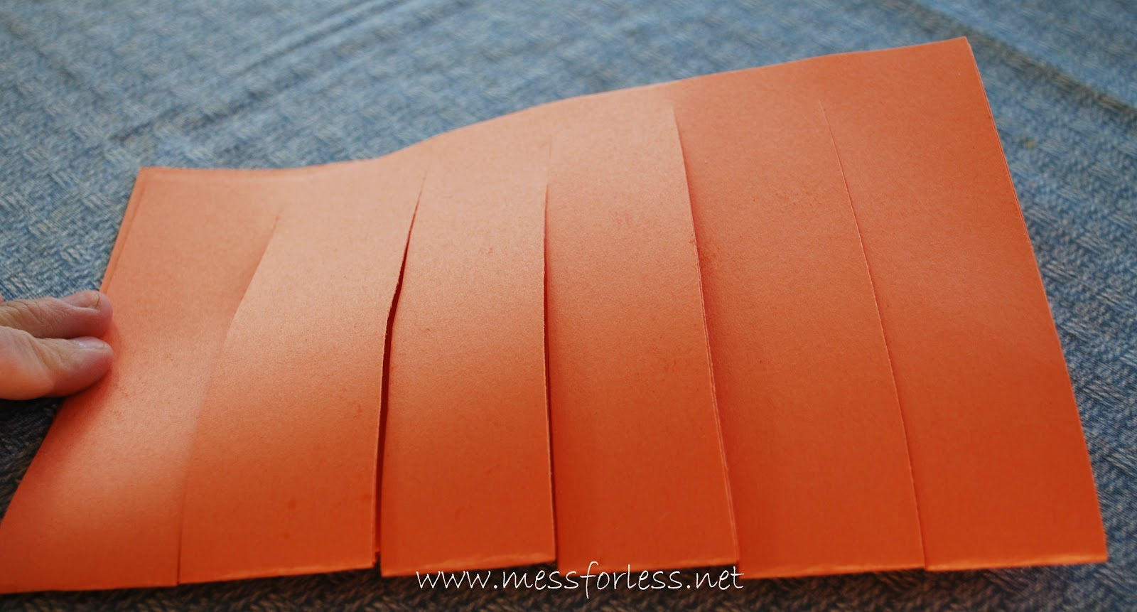 Basket Weaving Using Construction Paper : Woven paper pattern placemats mess for less