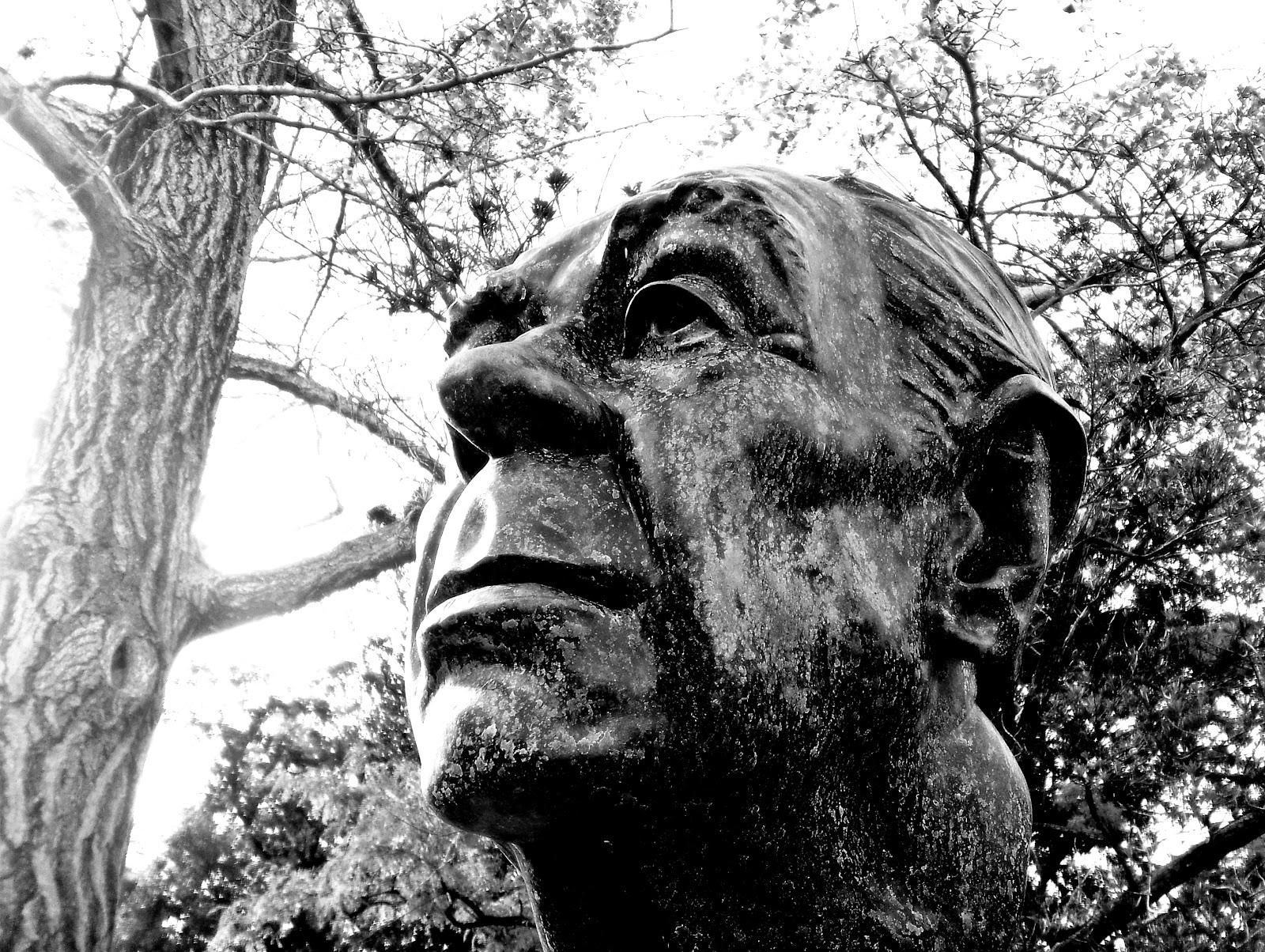 borges todo el a o busto de borges en el jard n de los poetas
