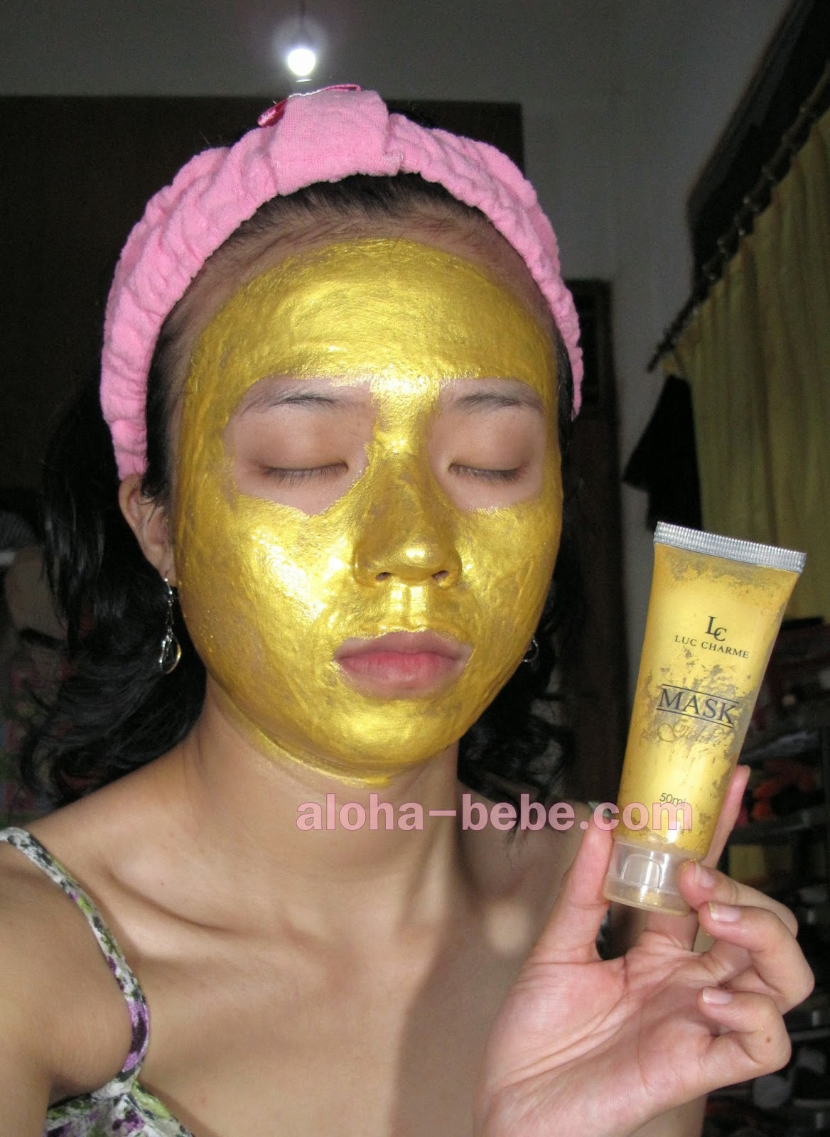 Review LUC Charme Gold Mask With Collagen
