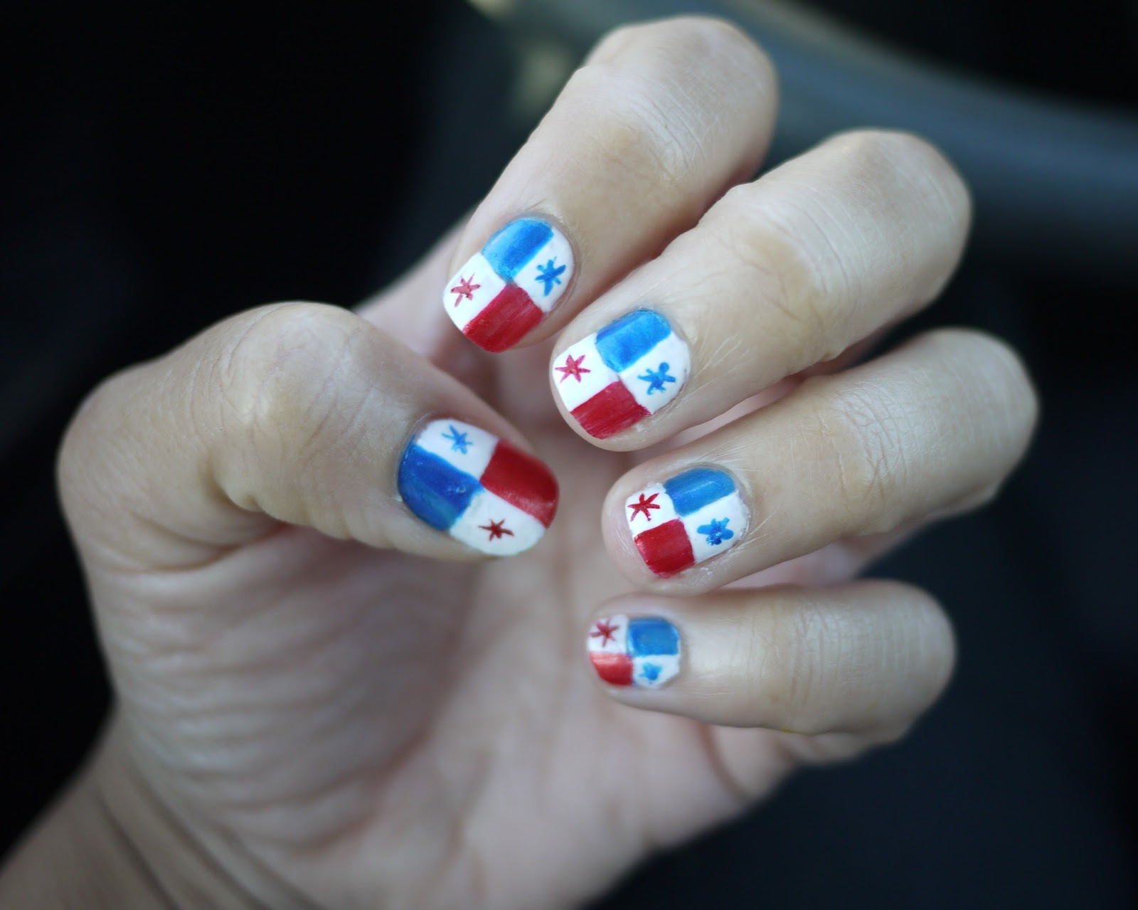 AngelaPanama.com: Panama Flag Nails