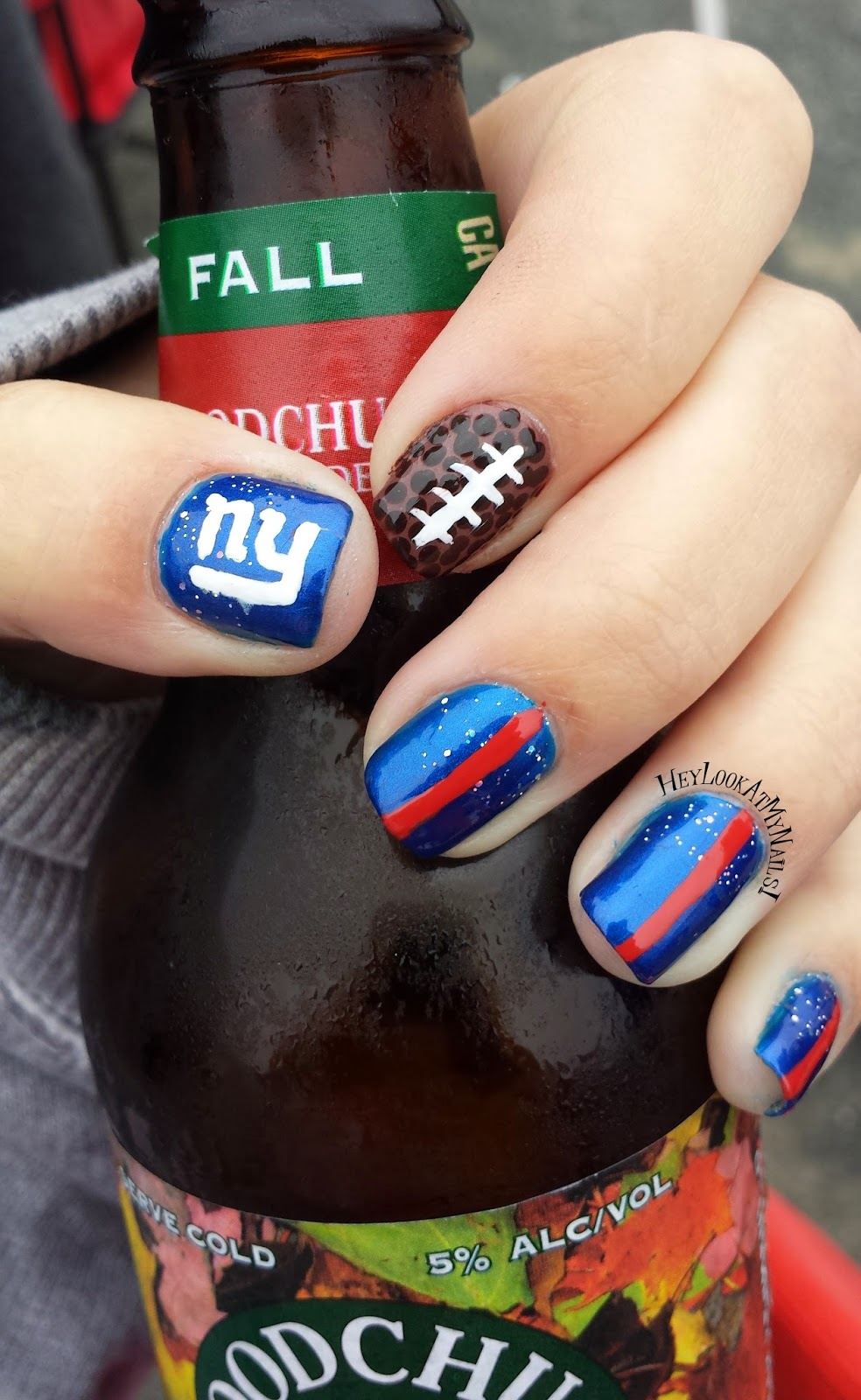 New York Giants Nail Art