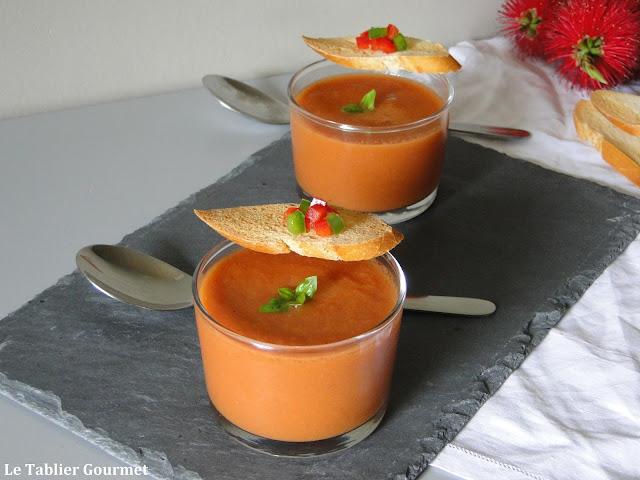 Une entr e tr s fraiche le gaspacho andalou bio soupe for Entree originale hiver