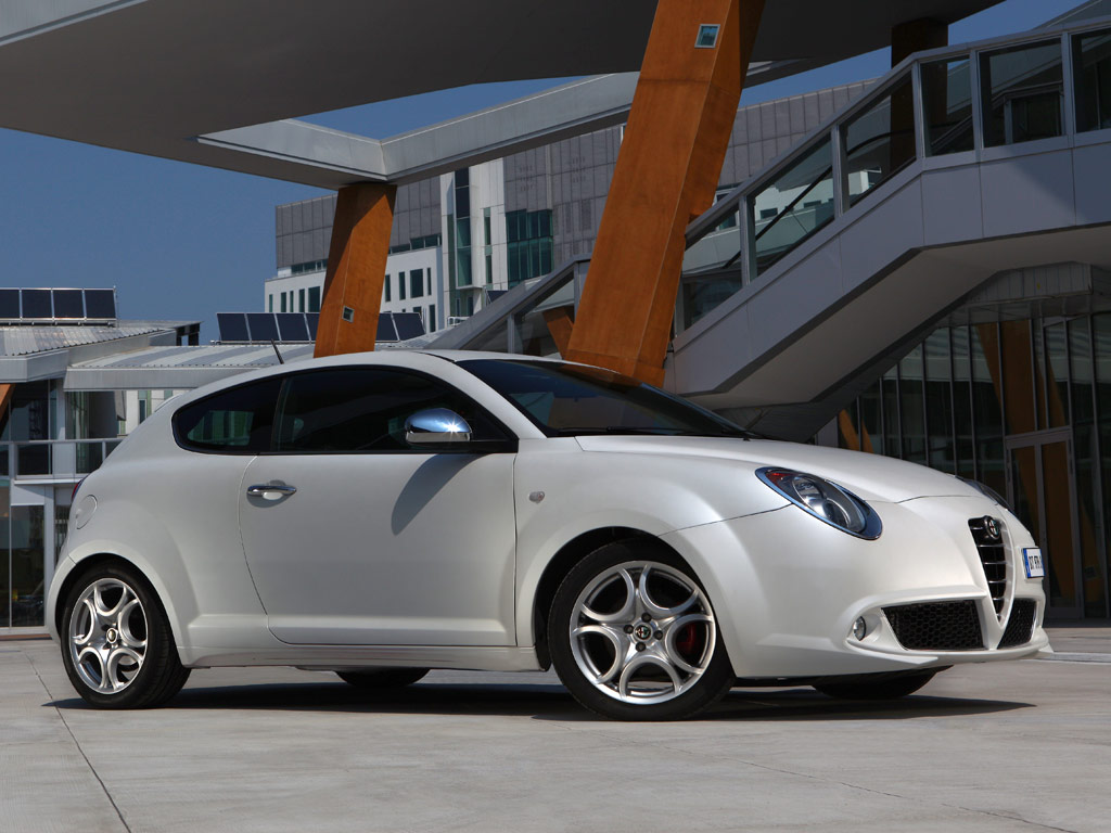new alfa romeo 2012 alfa romeo mito multiair. Black Bedroom Furniture Sets. Home Design Ideas