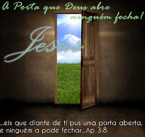Cristo espera por você, se achegue a nós, a porta está aberta, é só entrar.