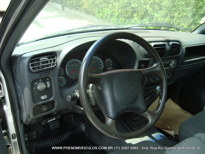 Chevrolet S-10 Cabine Simples 2003 - painel