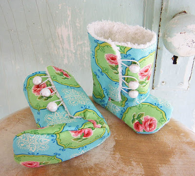 Old School Acres: Tips for making felt baby shoes