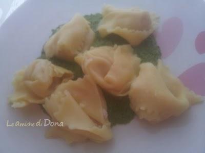 italian pasta: salami finocchiona tortellacci with fresh celery pesto - tortellacci alla finocchiona con pesto fresco di sedano #pasta