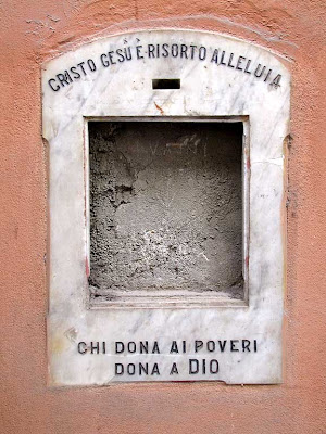 Missing charity box, Pisa