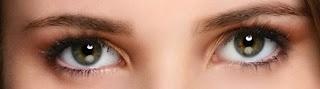 que significa la mirada de una chica