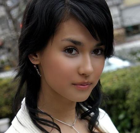 galleri foto maria ozawa and friend s wajah cantik miyabi