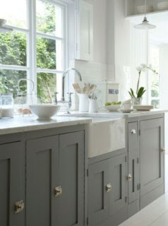 dark grey kitchen cabinets design
