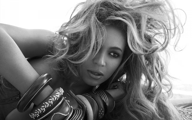 Beyonce Knowles Close Up Mono