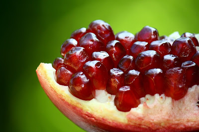 Benefits of incorporating the pomegranate in our diet