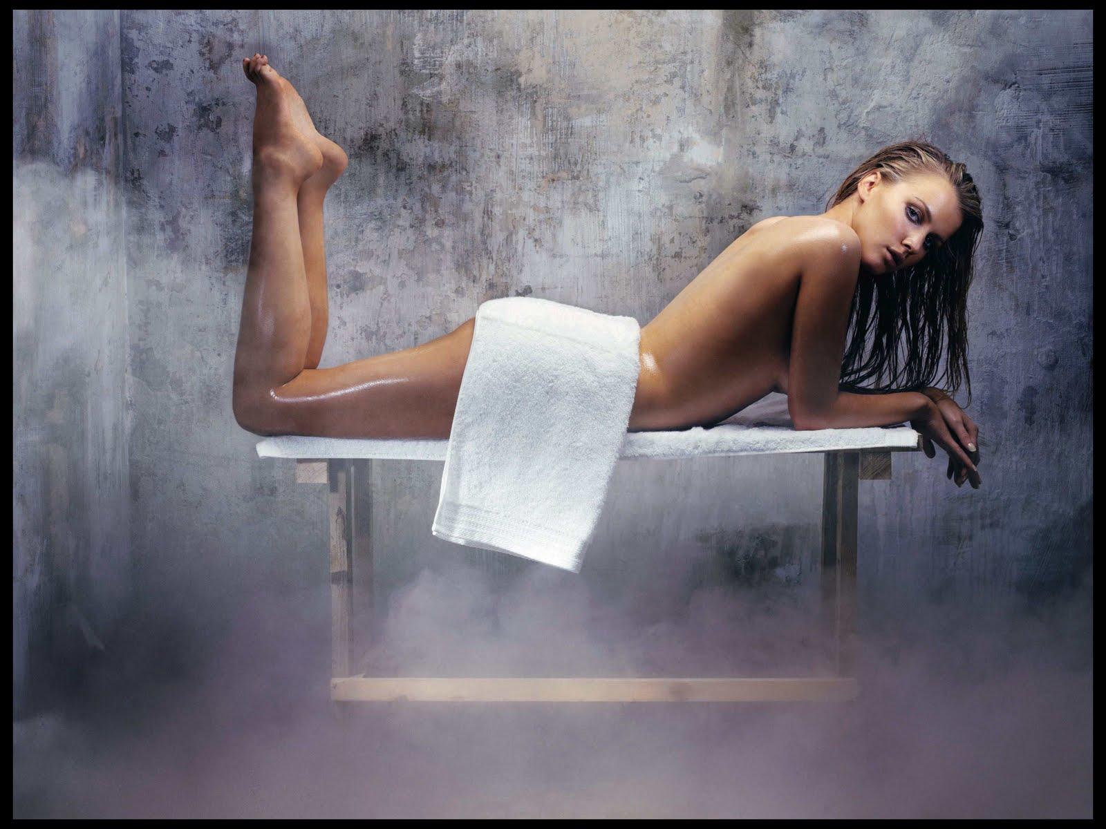 http://2.bp.blogspot.com/-8RV4bOPSpPY/TbcEjOw9wYI/AAAAAAAAAkE/6QVm6BkwNg4/s1600/tiffany_mulheron_nude_wallpaper.jpg