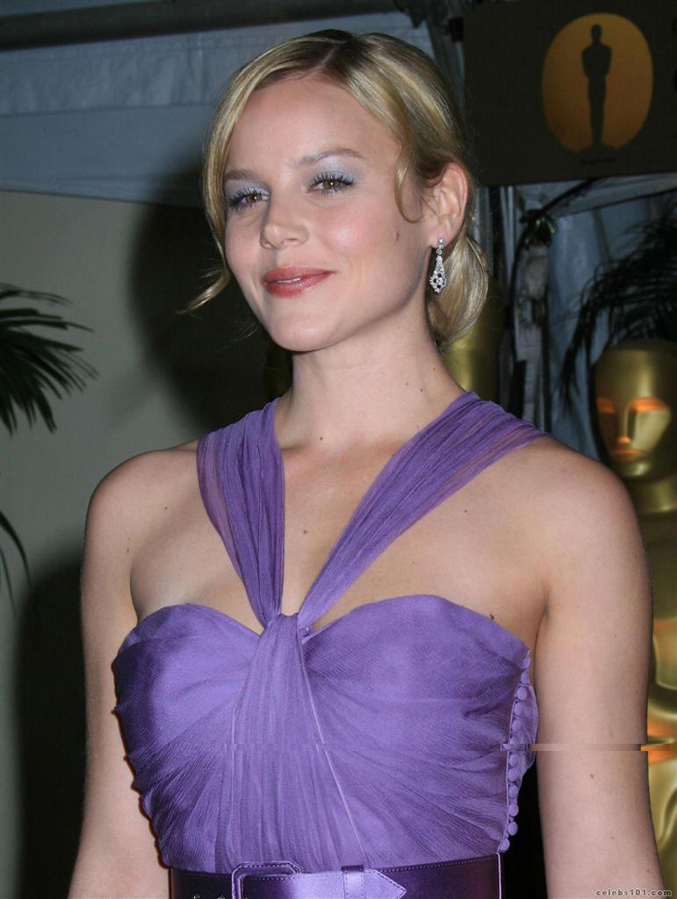 Abbie Cornish Hairstyle 6