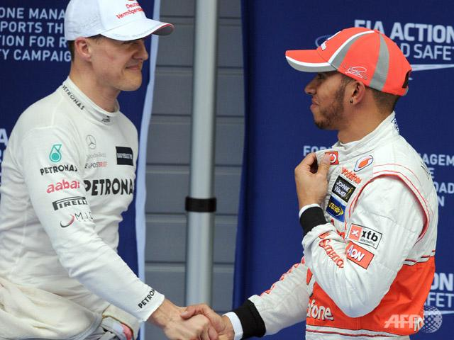 Lewis Hamilton has signed a three-year deal to drive for Mercedes from 2013, replacing seven-time world champion Michael Schumacher,